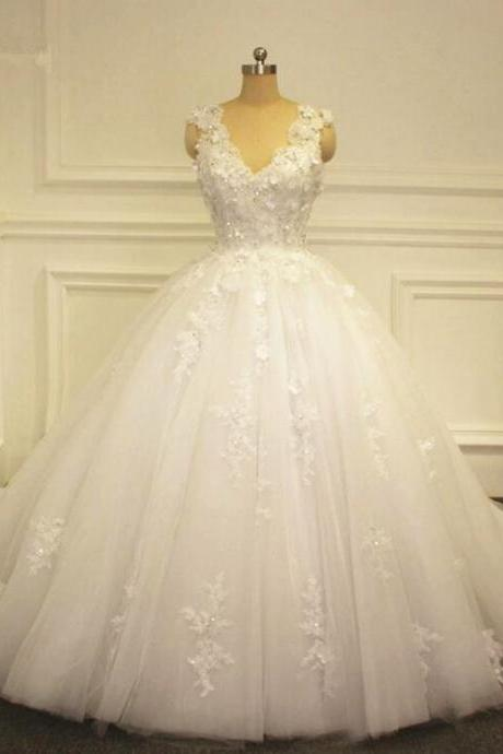 2017 Flowers Ball Gown A line Wedding Dresses Lace Appliques White/Ivory Bridal gown